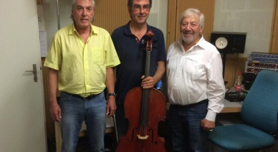 Rolf W. Kunz (componist), Luzius Gartmann (cellist), Alex Eugster (sound mixer)
